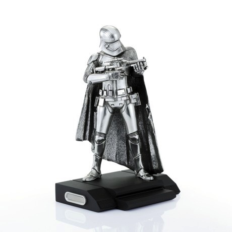 Australia CAPTAIN PHASMA FIGURINE STAR WARS