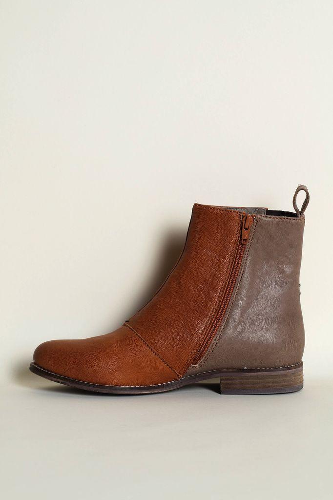 Australia 37 Terracotta/Grey Chelsea Boots