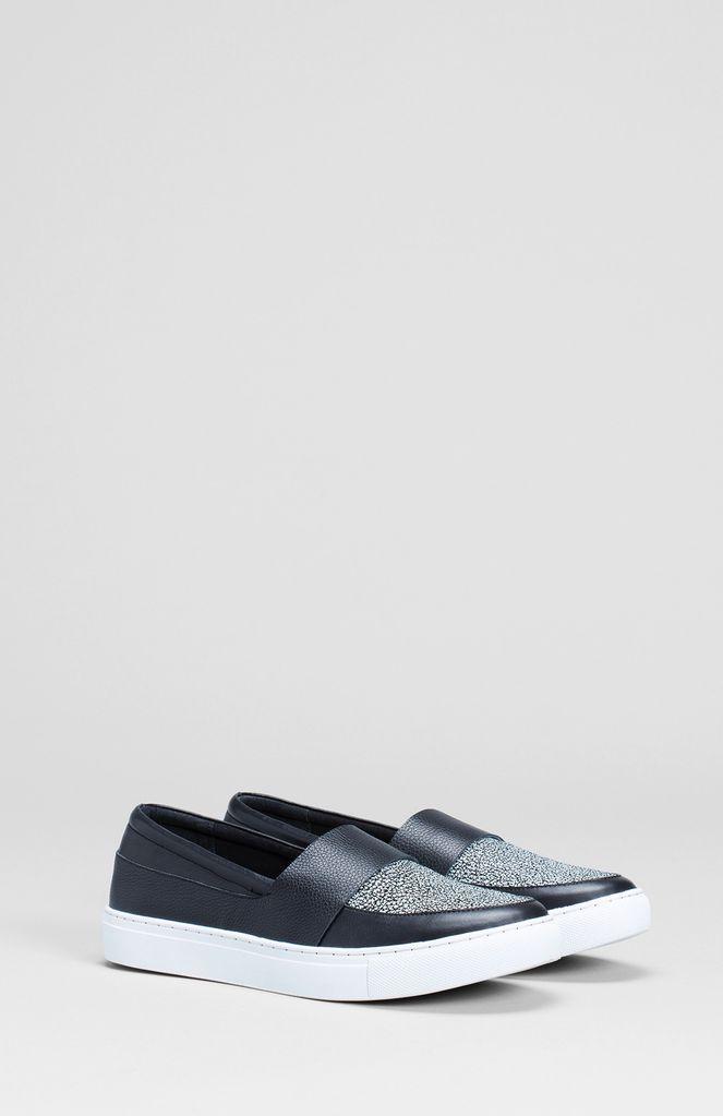 Australia 37 BLACK Vedde Speckle Sneaker
