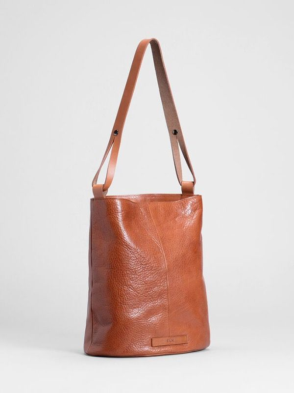 Australia TAN Holte bucket bag