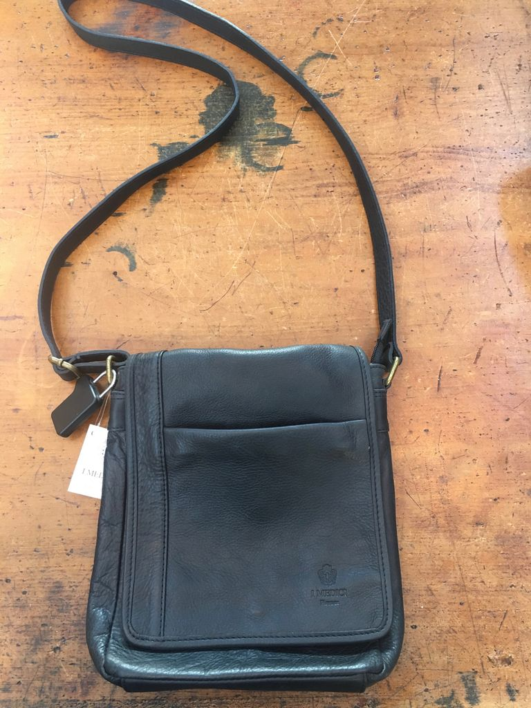 Australia Vintage leather calfskin bag-Black