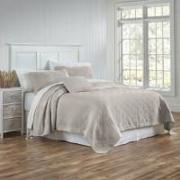 Traditions Coverlet Whitney Matelasse
