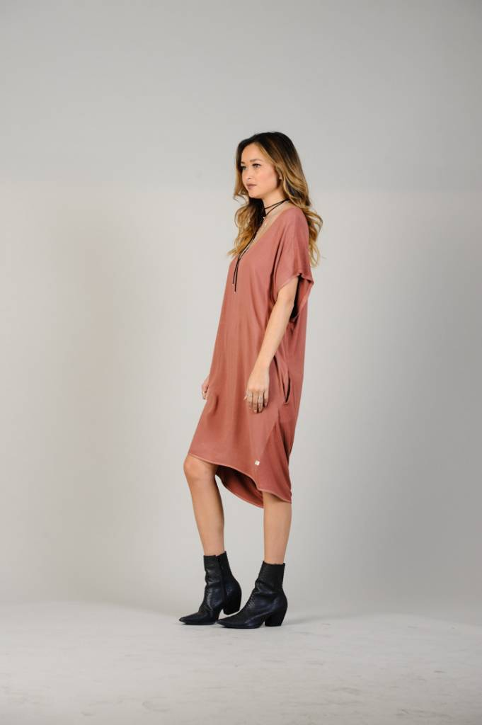 NYTT NYTT Oversize Dress with Pockets in Pink Rust