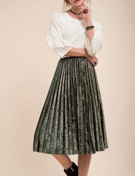 Moon River Moon River Velvet Skirt Green