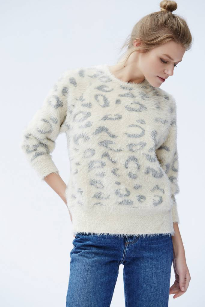 Callahan Callahan Snow Leopard Everyday Crewneck Sweater