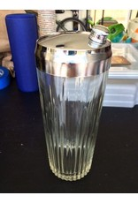 Ribbed Glass Shaker w/ Silver Lid