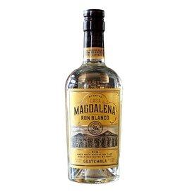 Casa Magdalena Rum Blanco (750 ml)