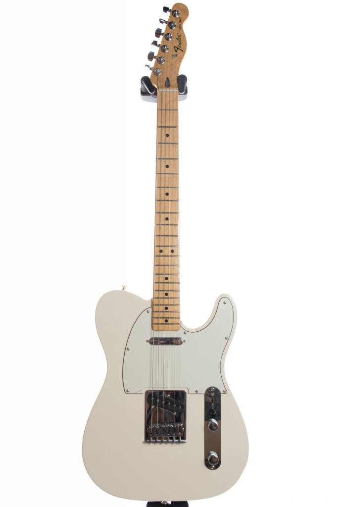 Fender Fender Standard Telecaster®, Maple Fingerboard, Arctic White