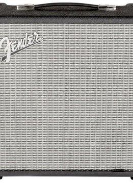 Fender Fender RumbleTM 500 (V3) Bass Amp Combo, Black/Silver