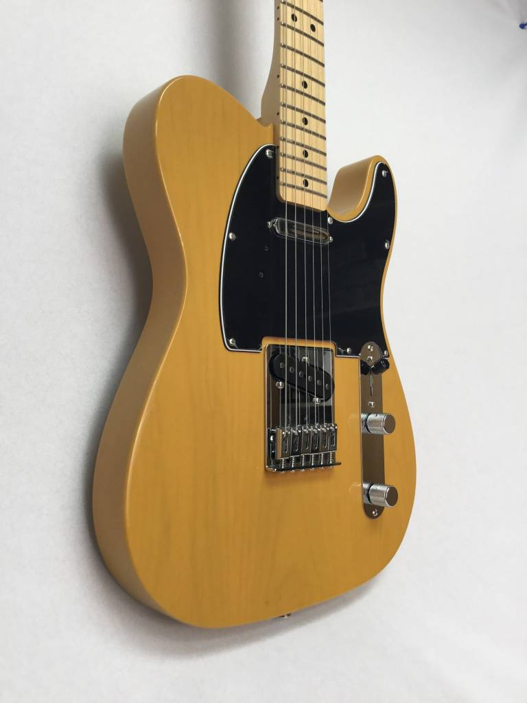 Fender Fender Standard Telecaster, Maple Fingerboard, Butterscotch Blonde