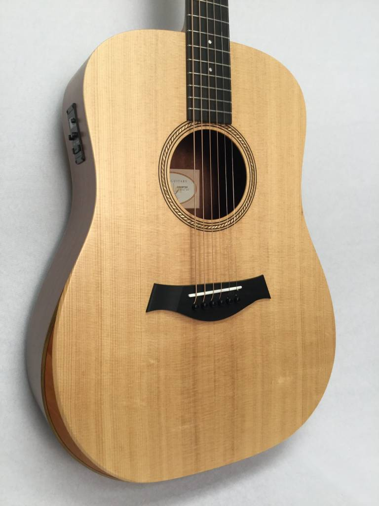 Taylor Taylor Academy 10e Acoustic/Electric Guitar