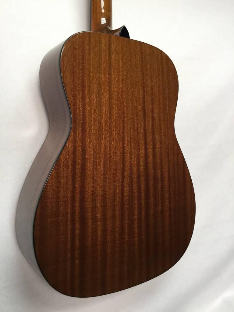 Fender Fender CC-60S Acoustic Guitar, 3-Color Sunburst