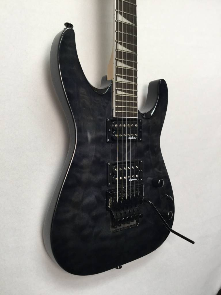 Jackson Jackson JS32Q S Series Dinky™ Arch Top, Quilted Maple Trans Black