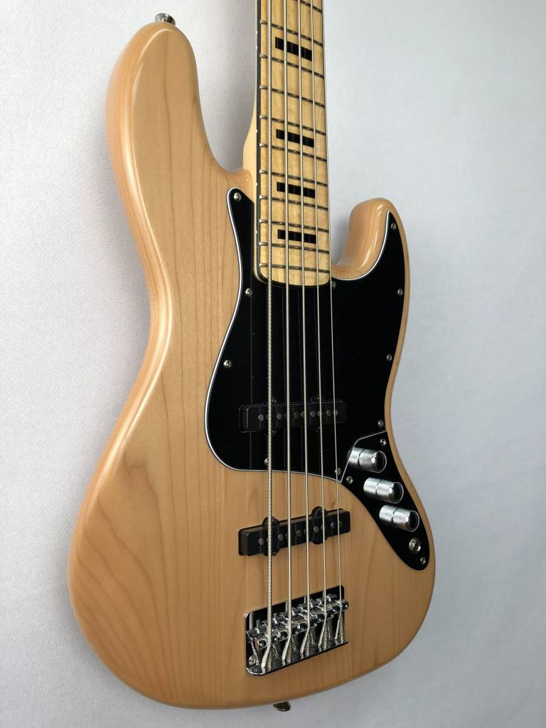 Squier Squier Vintage Modified Jazz Bass® V, Maple Fingerboard, Natural