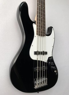 Squier Squier Affinity Jazz Bass® V (5 String), Rosewood Fingerboard, Black