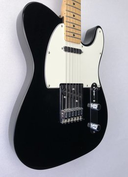 Fender Fender Standard Telecaster®, Maple Fingerboard, Black