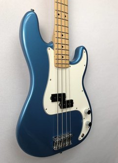 Fender Fender Standard Precision Bass®, Maple Fingerboard, Lake Placid Blue