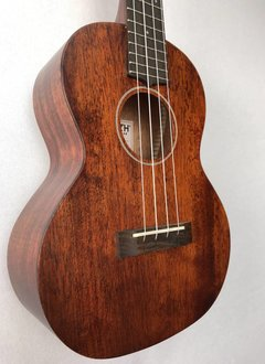 Gretsch Gretsch G9120 Tenor Standard Ukulele with Gig Bag, Vintage Mahogany Stain