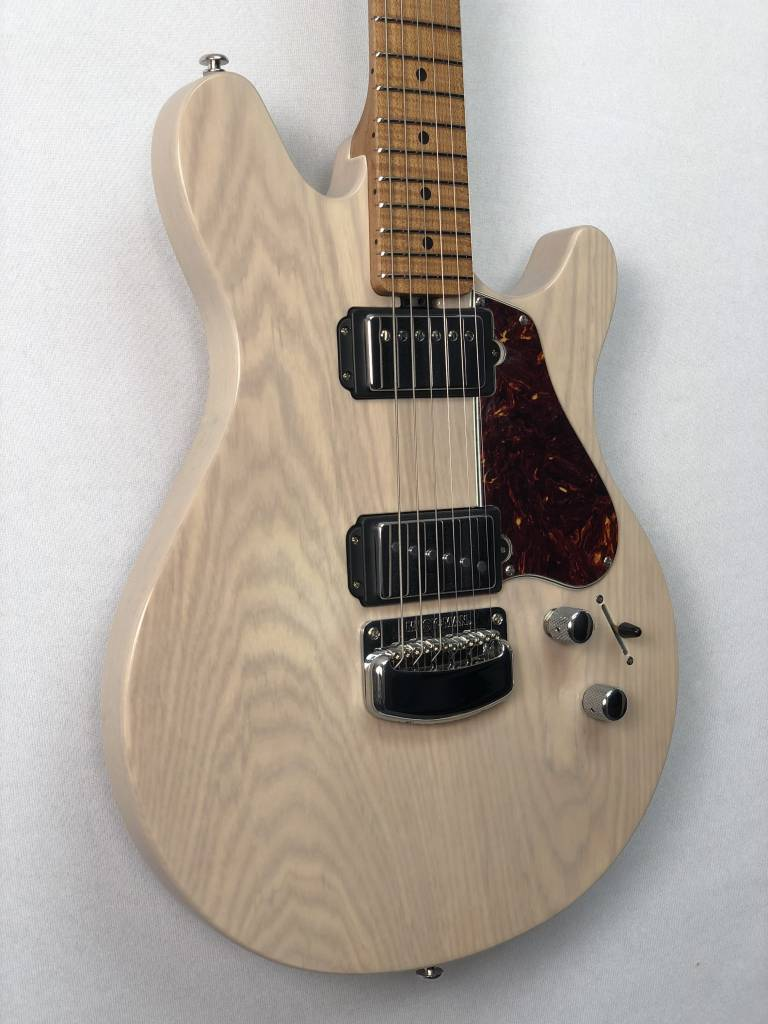 Music Man Ernie Ball Music Man James Valentine - Trans Buttermilk