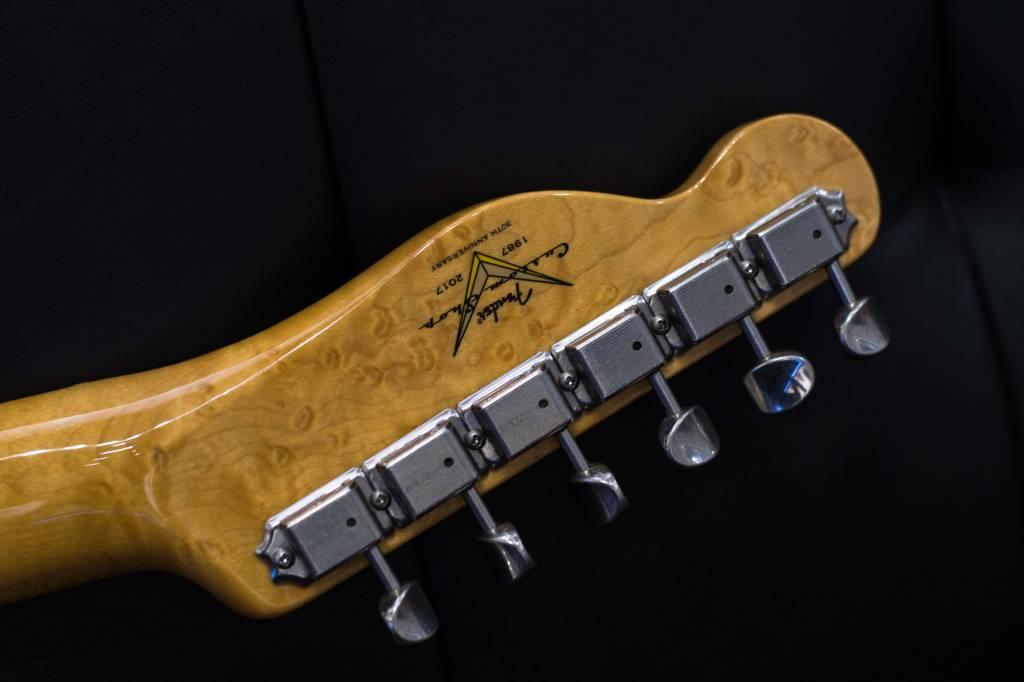 Fender Fender Postmodern Telecaster® Maple Neck, Lush Closet Classic, Frost Gold
