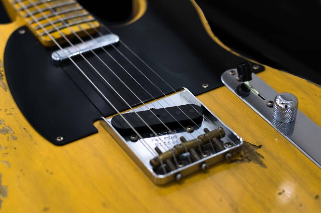 Fender Fender1953 Heavy Relic® Telecaster®, Maple Fingerboard, Butterscotch