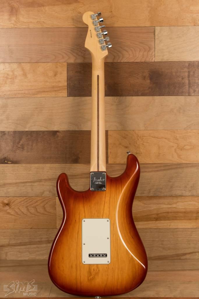Fender Fender American Pro Stratocaster®, Rosewood Fingerboard, Sienna Sunburst