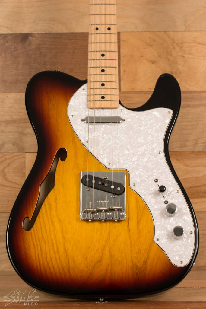 Fender Fender Classic Series 69 Tele Thinline, Maple Fingerboard, 3 Tone Sunburst