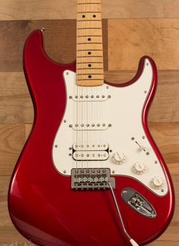 Fender Fender Standard Stratocaster® HSS, Maple Fingerboard, Candy Apple Red
