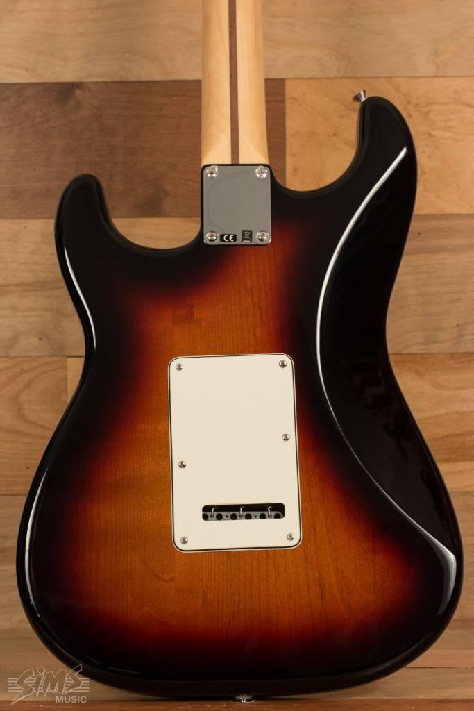 Fender Fender Standard Stratocaster®, Maple Fingerboard, Brown Sunburst