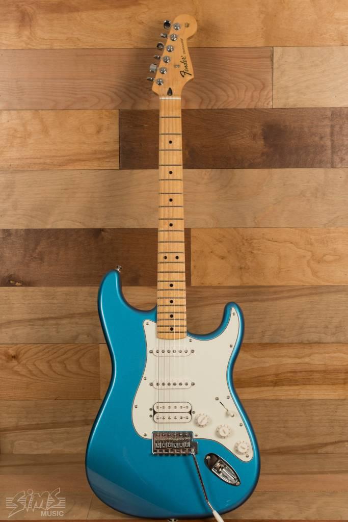 Fender Fender Standard Stratocaster® HSS, Maple Fingerboard, Lake Placid Blue