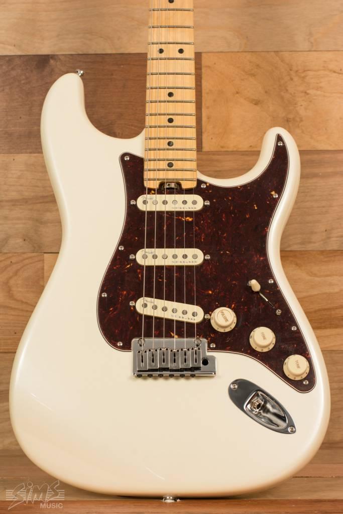 Fender Fender American Elite Stratocaster®, Rosewood Fingerboard, Olympic Pearl