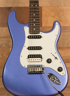 Fender Squier by Fender Contemporary Stratocaster® HSS, Rosewood Fingerboard, Ocean Blue Metallic