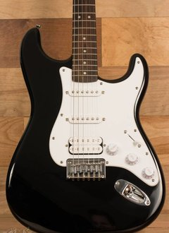 Squier Squier Bullet Stratocaster® HSS HT, Rosewood Fingerboard, Black