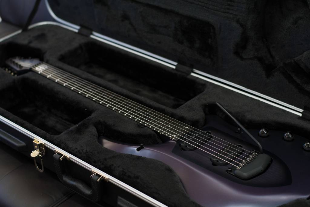 Music Man MusicMan Petrucci Majesty 600 Arctic Dream Guitar