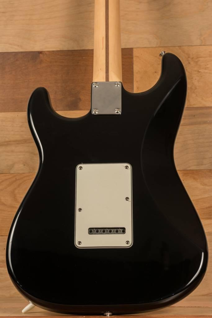 Fender Fender Standard Stratocaster®, Pau Ferro Fingerboard, Black