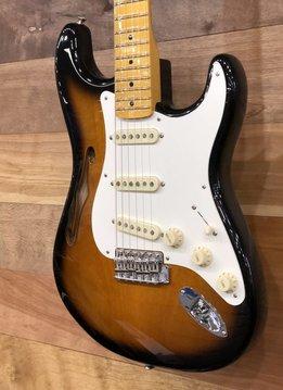 Fender Fender Eric Johnson Thinline Stratocaster®, Maple Fingerboard,  2-Color Sunburst