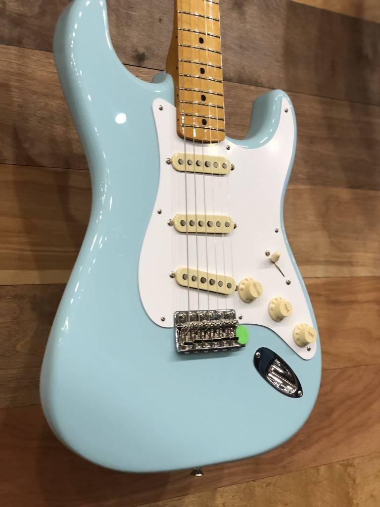 Fender Fender Classic Series '50s Stratocaster®, Maple Fingerboard, Daphne Blue