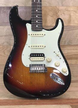 Fender Fender American Pro Stratocaster® HSS ShawBucker™, Rosewood Fingerboard, 3-Color Sunburst