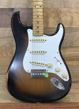 Fender Fender Road Worn® '50s Stratocaster®, Maple Fingerboard, 2-Color Sunburst