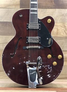 Gretsch Gretsch G2420T Streamliner™ Hollow Body with Bigsby®, Broad'Tron™, Walnut Stain
