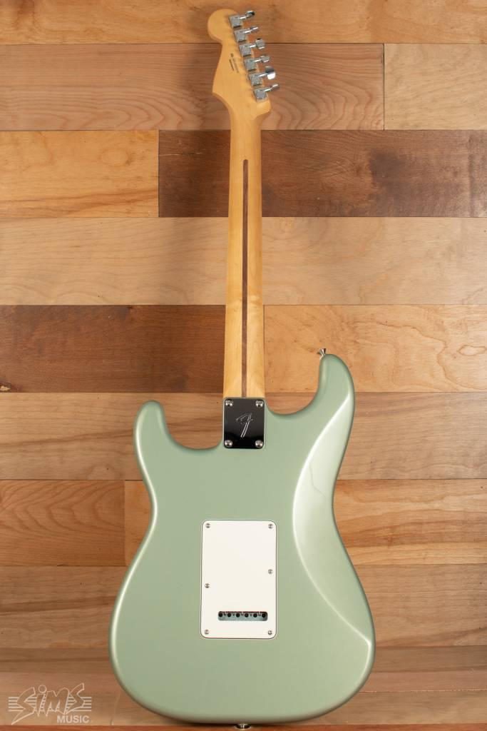 Fender Fender Player Stratocaster, Pau Ferro Fingerboard, Sage Green Metallic