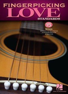 Hal Leonard Fingerpicking Love Standards: Solo Guitar