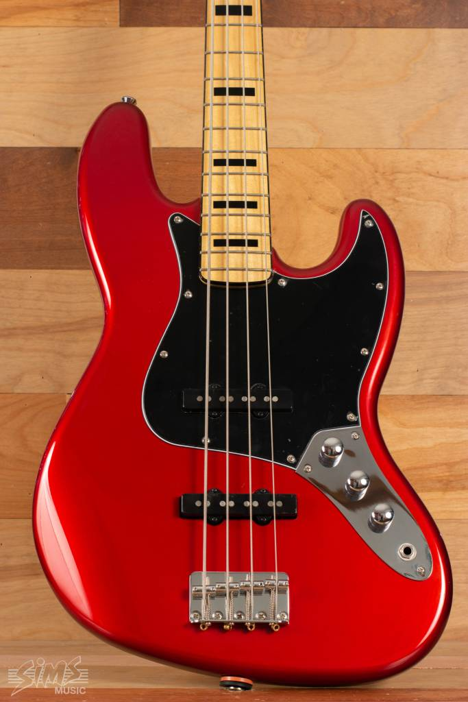 Squier Squier Vintage Modified Jazz Bass® '70s, Maple Fingerboard, Candy Apple Red