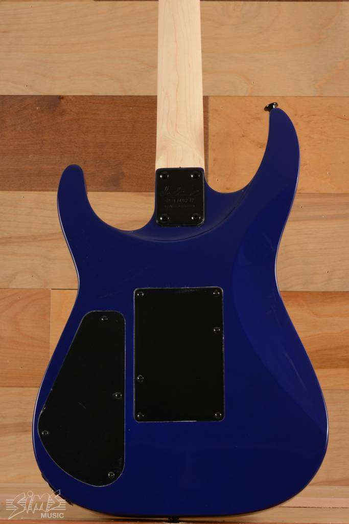 Jackson Jackson JS32Q S Series Arch Top, Rosewood Fingerboard, Quilted Maple Transparent Blue