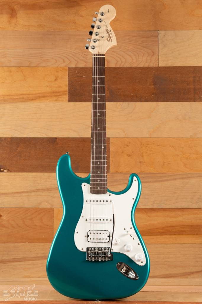 Squier Squier Affinity SeriesTM Stratocaster®  HSS, Rosewood Fingerboard, Race Green