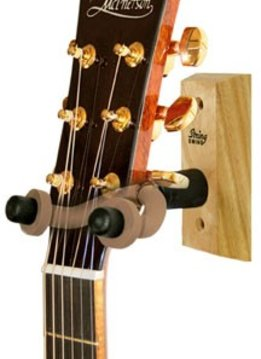 String Swing Guitar Wall Hanger-Oak