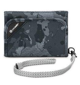 Pacsafe Pacsafe RFIDsafe V125 Anti-Theft RFID Blocking Tri-Fold Wallet