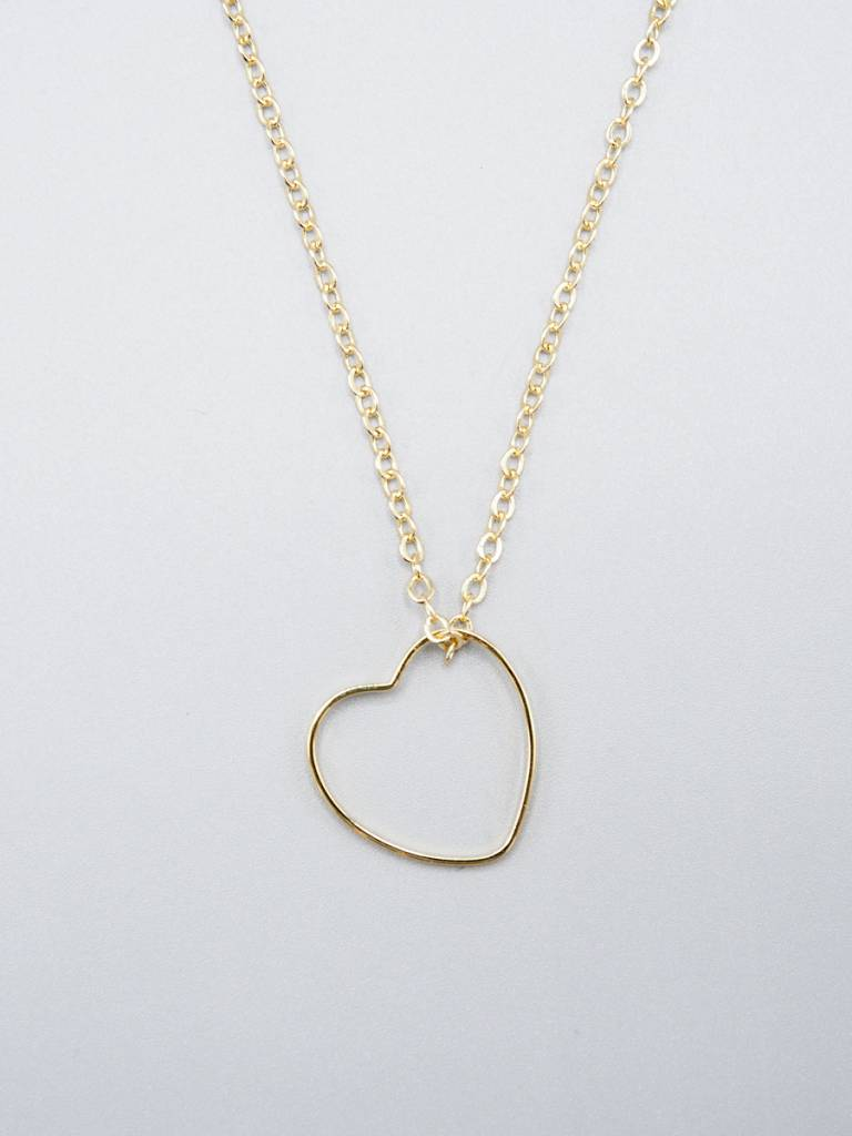 Delicate Heart Necklace by Mishakaudi