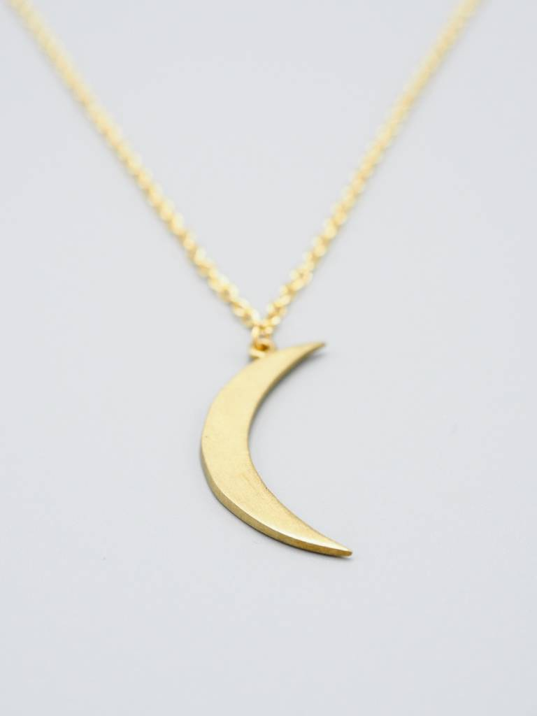 Sliver Moon Necklace by Mishakaudi