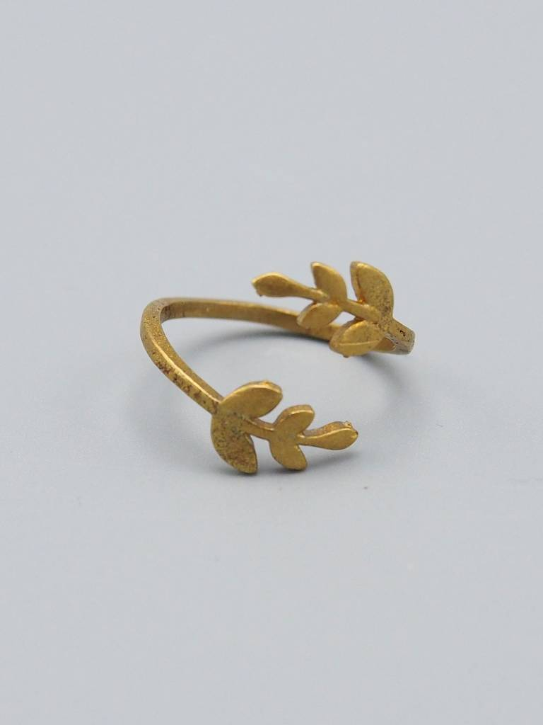 Leaf Brass Ring